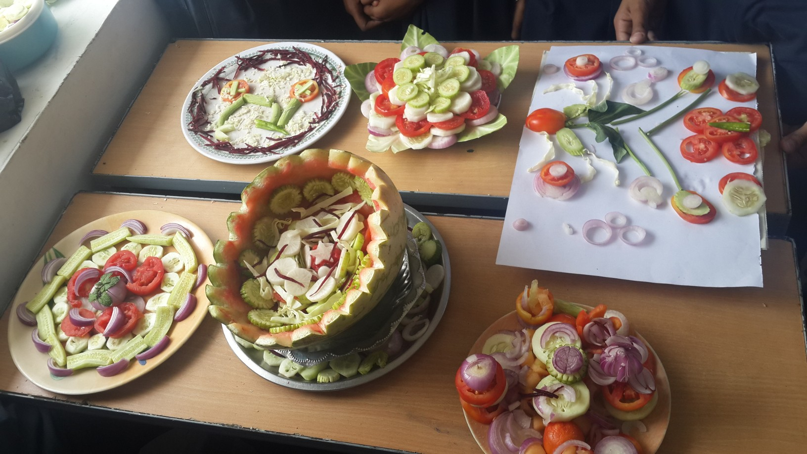 Cooling Without Fire (Salad Making Competition)